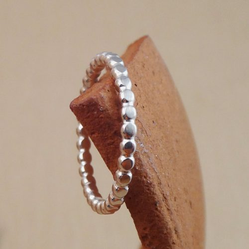 dot stacking ring