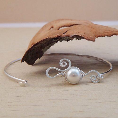 pea in a pod bracelet